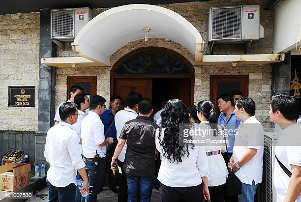 Relatives of AirAsia QZ8501 victims attend to a prayer service at the Immanuel Oikoumene Church on January 4 2015 in Surabaya Indonesia A massive...