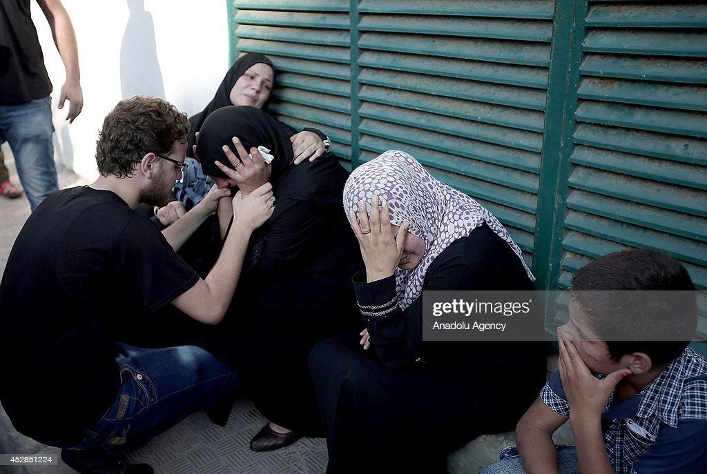 10 children killed by strike on Gaza park : News Photo