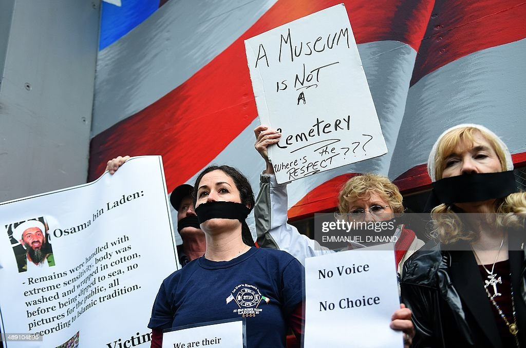 US-ATTACKS-9/11 MEMORIAL-REMAINS-PROTEST : News Photo