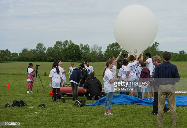 Relaunch but this time with more helium the balloon soars vertically Ingleborough Public School launches its own balloon hoping it will rise to 90000...