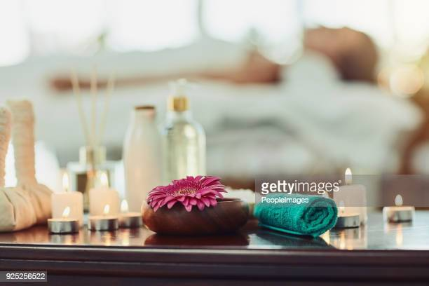 relaxation starts now - spa stock pictures, royalty-free photos & images