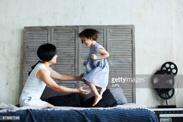 relaxed parenting - simple living stock pictures, royalty-free photos & images