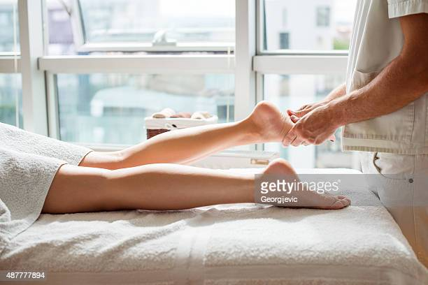 Relaxing foot treatment
