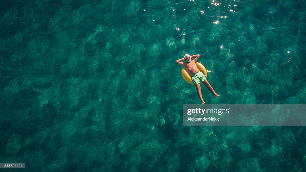 Relaxing in the sea : Stockfoto