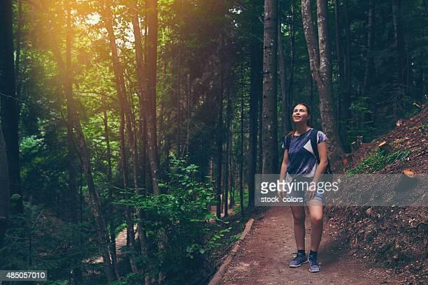 Relajante en el bosque