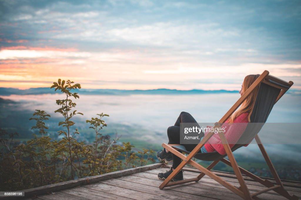 Entspannen auf der Oberseite : Stock-Foto