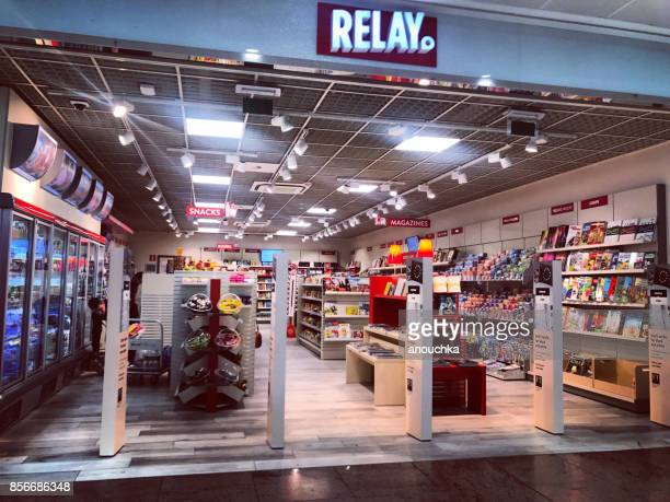 relay shop in brussels airport, belgium - convenience store interior stock photos and pictures