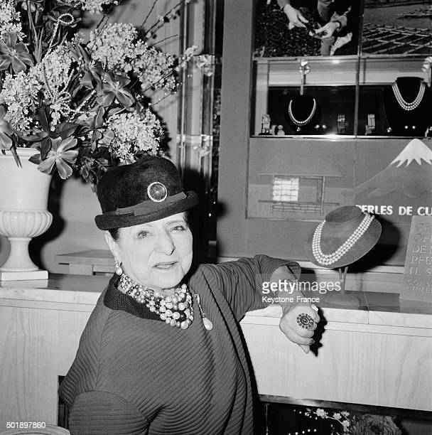 Release Of New Helena Rubinstein's Make Up Line Pearl Look And Hairstyle 'Ronde Des Perles' In Paris France on January 28 1963