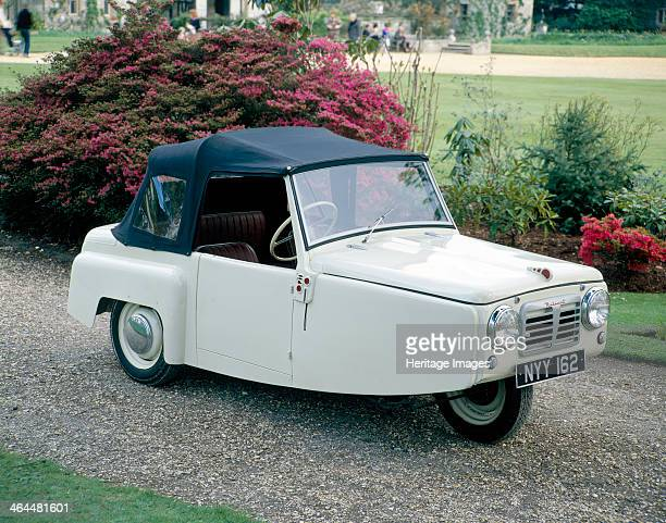 Reliant Regal, Mk 1. Tom Lawrence Williams founded the Reliant Engineering Company in 1935, taking over manufacture of the three-wheeled Raleigh...