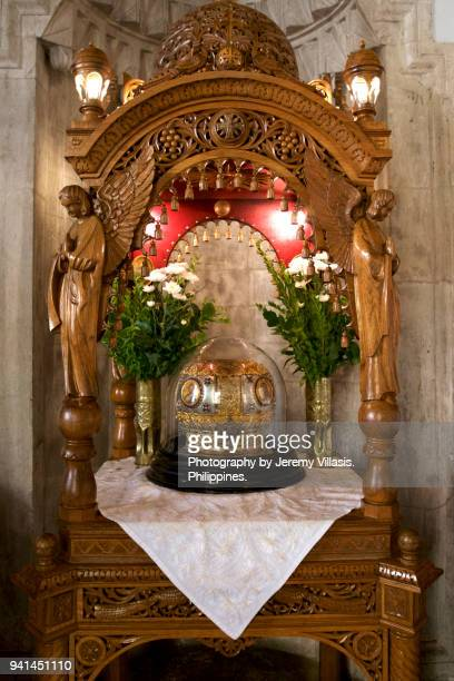 relic of the skull of st. titus, church of saint titus in heraklion, crete - herakleion stock photos and pictures