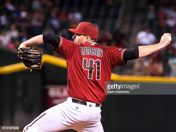 Relief pitcher Daniel Hudson of the Arizona Diamondbacks delivers a pitch in the ninth inning of the MLB game against the San Diego Padres at Chase...