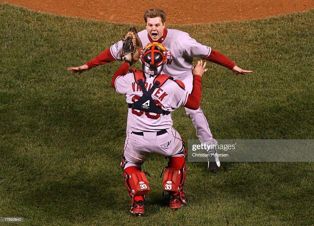 World Series: Boston Red Sox v Colorado Rockies - Game 4 : News Photo