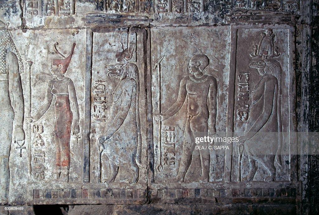 Relief, Mortuary Temple of Hatshepsut, Luxor : News Photo