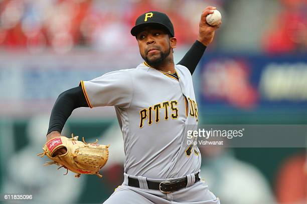 Reliever Felipe Rivero of the Pittsburgh Pirates pitches against the St Louis Cardinals in the eighth inning at Busch Stadium on October 1 2016 in St...