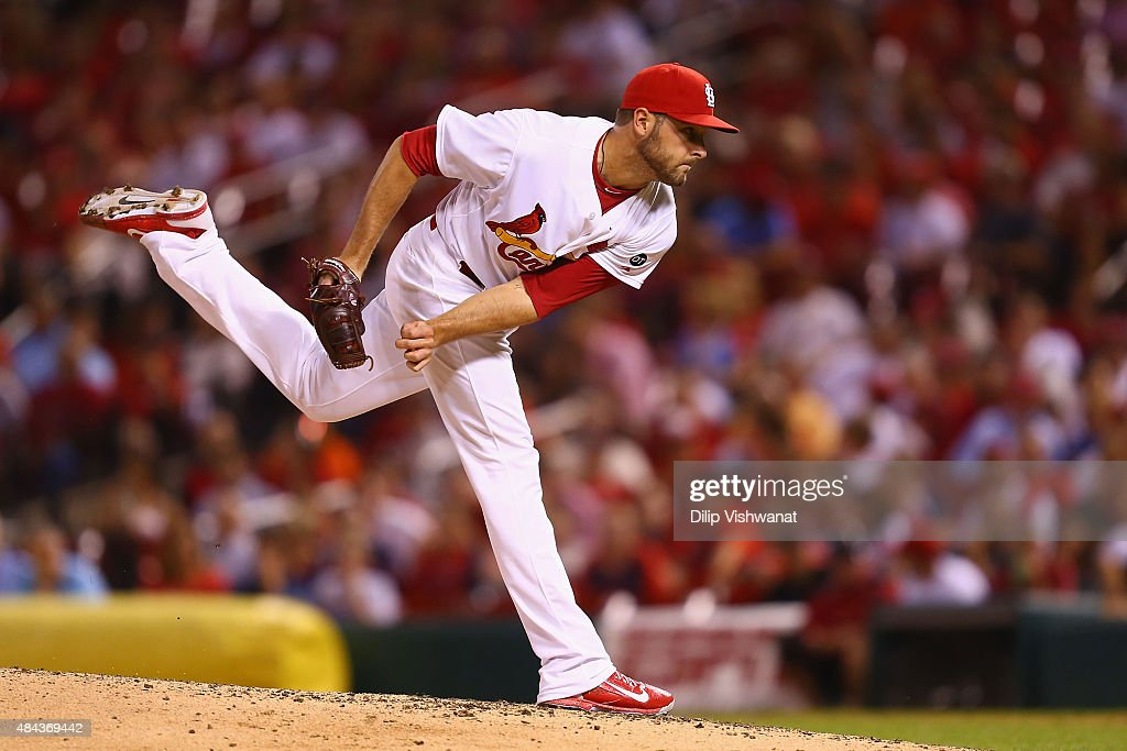 Reliever Kevin Siegrist #46 of the St. Louis Cardinals pitches against the San Francisco Giants in the eighth inning at Busch Stadium on August 17, 2015 in St. Louis, Missouri.