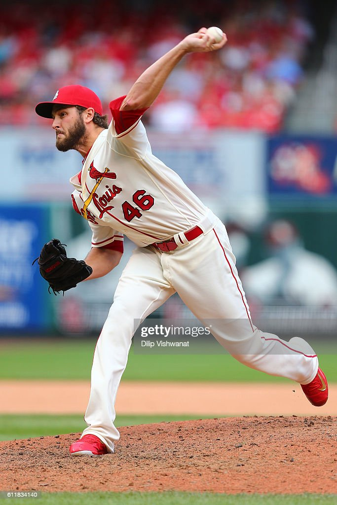 Reliever Kevin Siegrist #46 of the St. Louis Cardinals pitches against the Pittsburgh Pirates in the eighth inning at Busch Stadium on October 1, 2016 in St. Louis, Missouri.