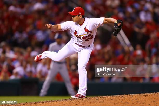 Reliever SeungHwan Oh of the St Louis Cardinals pitches against the Los Angeles Dodgers in the ninth inning at Busch Stadium on May 31 2017 in St...