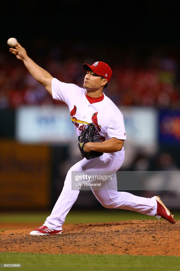 Reliever Seung-Hwan Oh #26 of the St. Louis Cardinals pitches against the Pittsburgh Pirates in the ninth inning at Busch Stadium on June 23, 2017 in St. Louis, Missouri.
