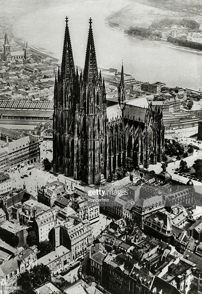 religion cathedrals pic circa 1920 cologne cathedral germany