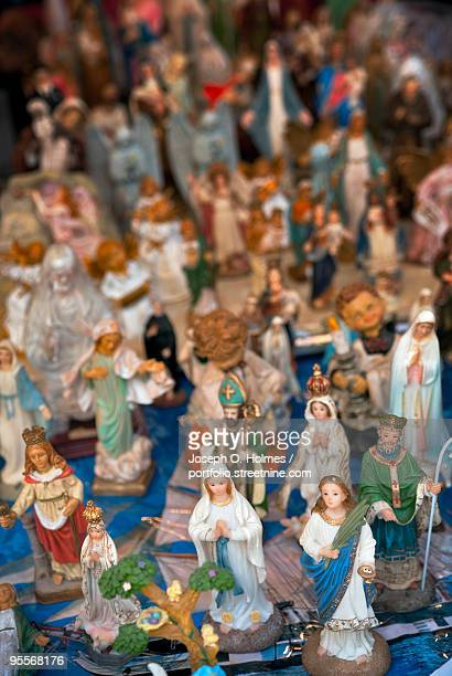 religious statues - joseph o. holmes stock pictures, royalty-free photos & images