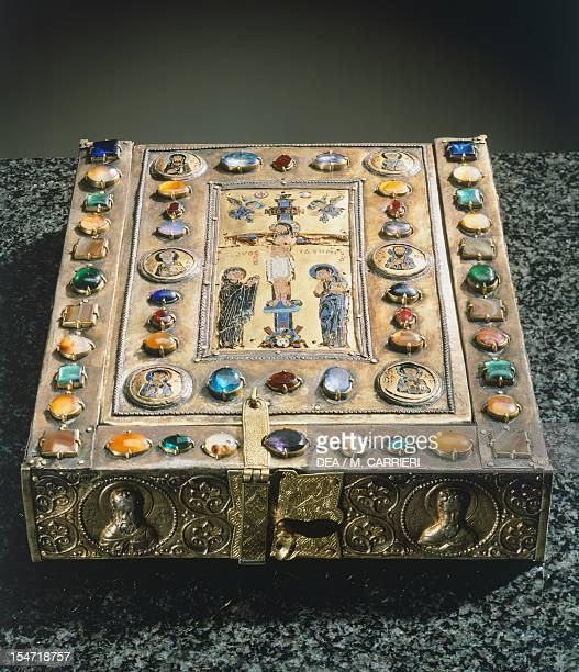 Reliquary of the True Cross in silver gilt The Treasury St Mark's Basilica Venice Italy Byzantine Goldsmith art 10th11th century