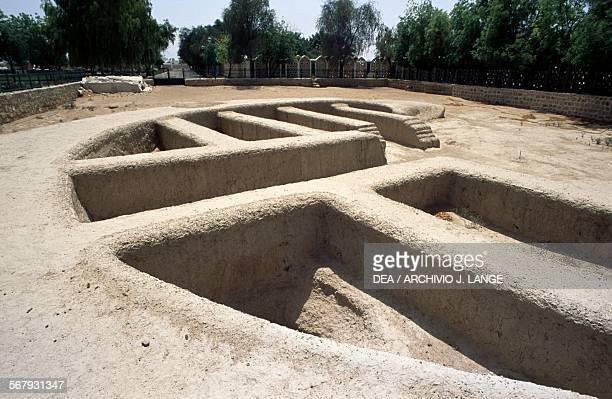 Remains of a bronze age settlement Hili Archaeological Park Al Ain United Arab Emirates Umm anNar civilisation 27002000 BC