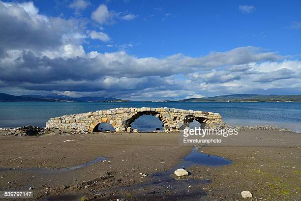 remains of an old ottoman bridge - emreturanphoto stock pictures, royalty-free photos & images