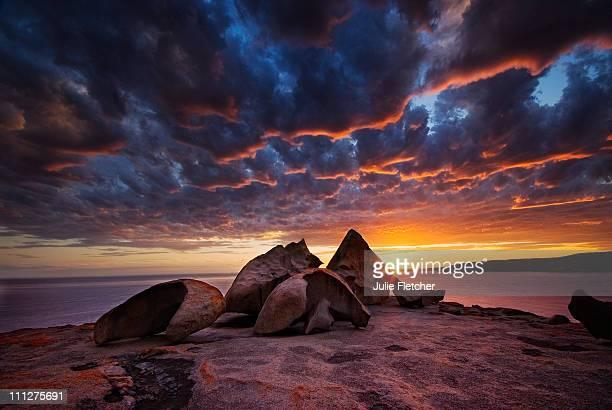 remarkable rocks kangaroo island sa - kangaroo island stock pictures, royalty-free photos & images