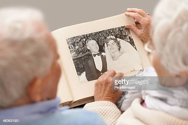i remember like it was yesterday - photo album stock photos and pictures