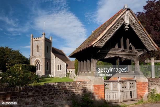 remenham church, berkshire, england - イギリス バークシャー ストックフォトと画像