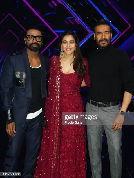 Remo D'SouzaKajol and Ajay Devgn attend the Tanhaji film Photocall at Dancs plus setfilmistan studio on January 06 2020 in Mumbai India