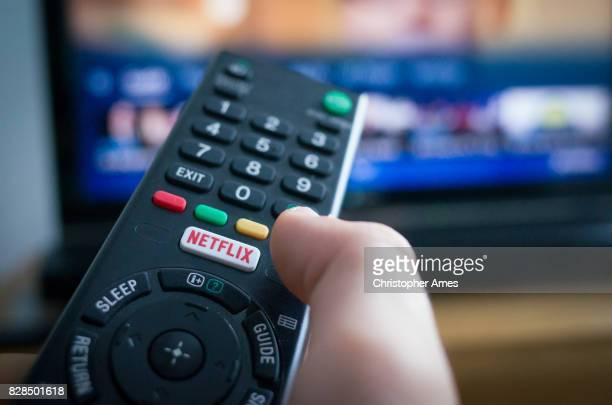 De afstandsbediening van de TV met Netflix-knop