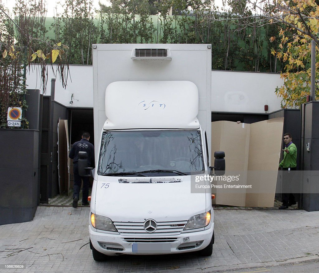 Removal men and van are seen at Princess Cristina of Spain and Inaki Urdangarin's house on November 21, 2012 in Barcelona, Spain. Dukes of Palma are moving to get settled in a modest house after the anti-corruption prosecutor Pedro Horrach asked a bond of 8 million euros for the corruption case 'Caso Noos'.