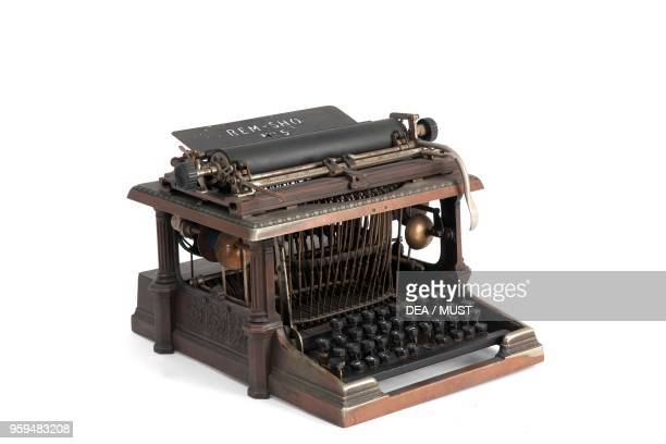 RemSho 5 typewriter 18901899 patented by Zalmon Sholes United States 20th century