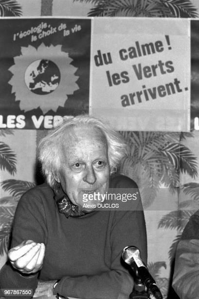 René Dumont candidat écologiste lors des élections législatives le 13 février 1986 à Paris France