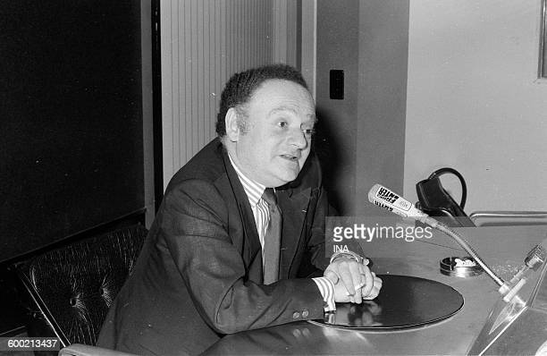 René Goscinny in the microphone of France Inter