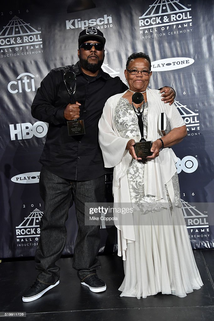 MC Ren of N.W.A. poses with Eazy-E's mother Katie Wright at the 31st Annual Rock And Roll Hall Of Fame Induction Ceremony at Barclays Center on April 8, 2016 in New York City.