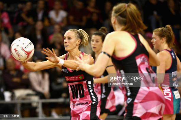 Renae Ingles of the Thunderbirds makes a pass during the round eight Super Netball match between the Thunderbirds and the Vixens at Priceline Stadium...