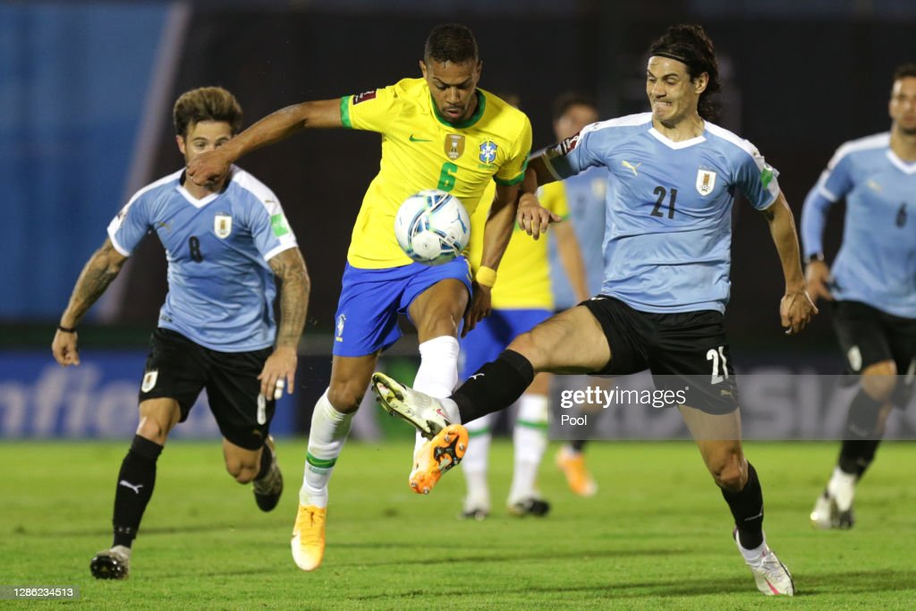 Uruguay v Brazil - South American Qualifiers for Qatar 2022 : News Photo