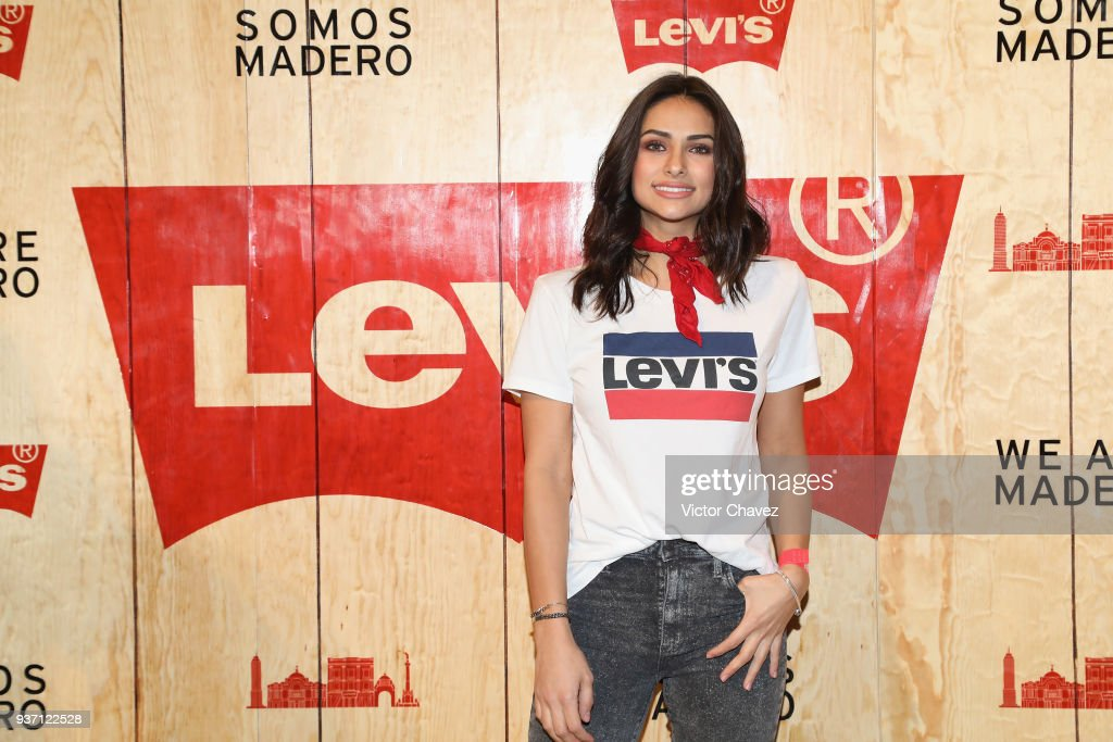 https://media.gettyimages.com/photos/renata-notni-attends-the-levis-flagship-madero-store-opening-at-on-picture-id937122528