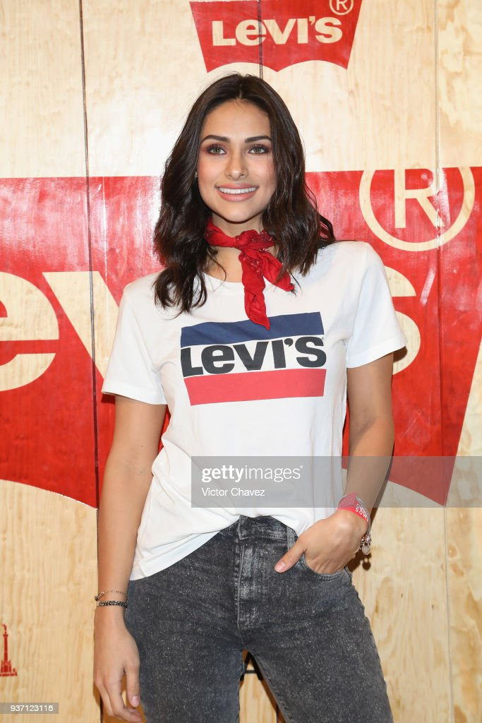 https://media.gettyimages.com/photos/renata-notni-attends-the-levis-flagship-madero-store-opening-at-on-picture-id937123116