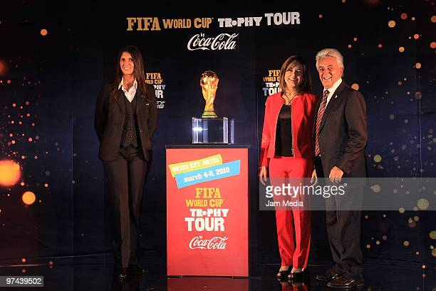Renata Pereira Maria Eugenia del Rio Director of CocaCola Mexico and Justino Compean President of Mexican Soccer Federation during the opening of the...