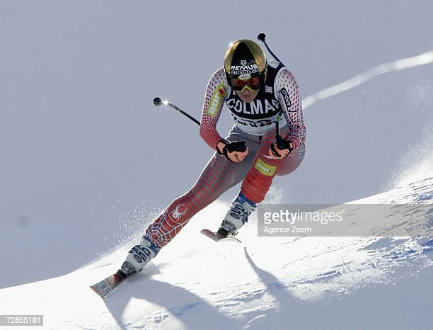 Renate Goetschl of Austria competes on her way to taking 4th place during the FIS Skiing World Cup Women's Downhill on December 20 2006 in Val...