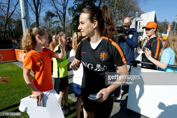 Renate Jansen of Holland Women, supporters during the Training Holland Women at the KNVB Campus on April 1, 2019 in Zeist Netherlands