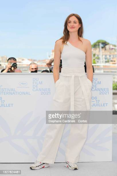 """Renate Reinsve attends the """"Verdens Verste Menneske """" photocall during the 74th annual Cannes Film Festival on July 09, 2021 in Cannes, France."""