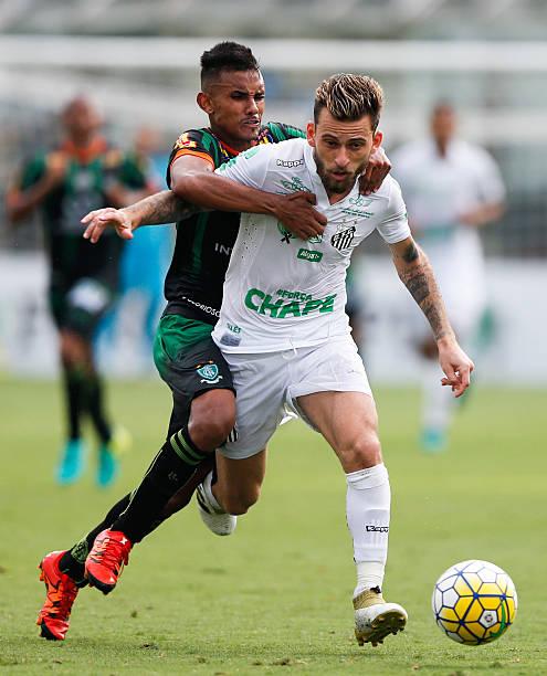 Lucas Soccer Player: Lucas Lima Soccer Player Fotos