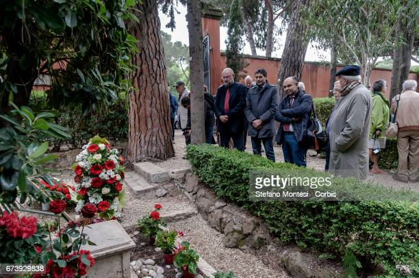 Renato Farina Nicola Fratoianni Giuseppe De Cristofaro of Italian Left give homage to the tomb of Antonio Gramsci sited in the third area of the...