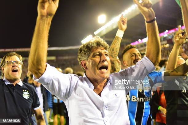 Renato Gaucho coach of Gremio celebrates after winning the Copa CONMEBOL Libertadores Bridgestone after the second leg match between Lanus and Gremio...
