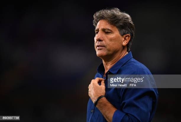 Renato Gaucho Manager of Gremio looks on during the FIFA Club World Cup UAE 2017 semifinal match between Gremio FBPA and CF Pachuca on December 12...
