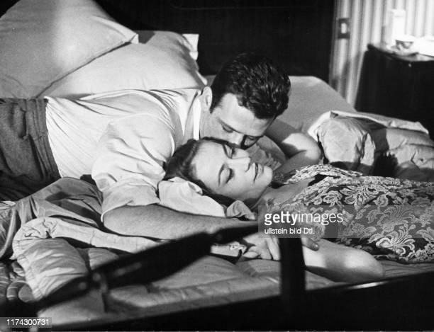 """Renato Salvatori, Annie Girardot in """"Rocco e i suoi Fratelli"""" 1960"""